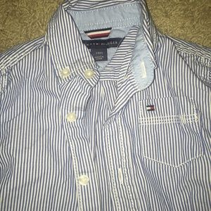 Tommy Hilfiger Shirts & Tops - Tommy Hilfiger button down